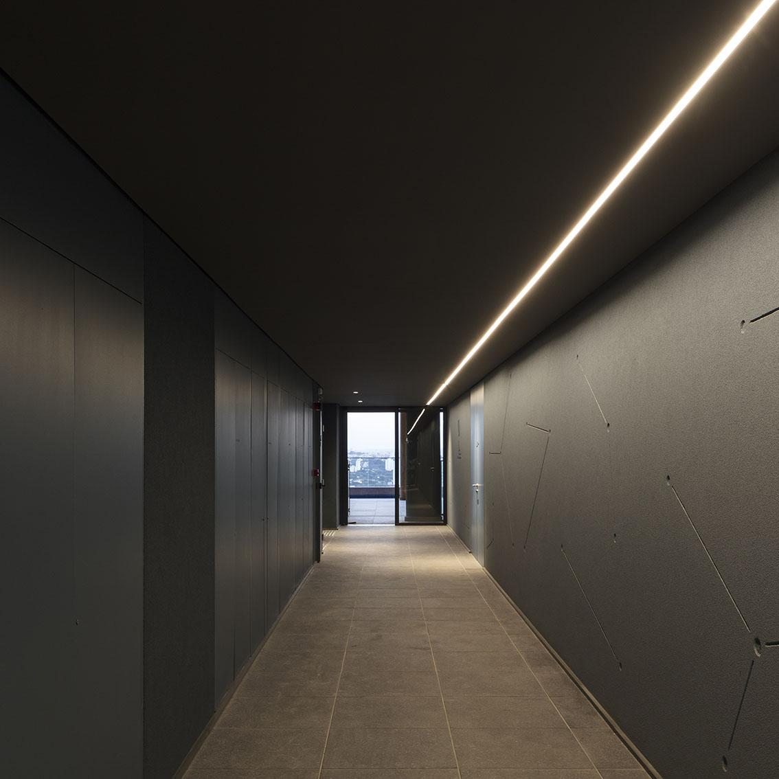 Edificio multiuso Spot 393 5